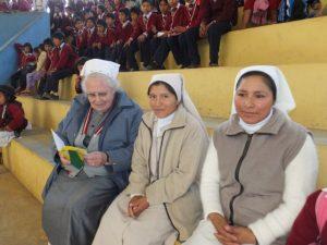 Schwester Verena und die neuen  Juanna und Ana Maria